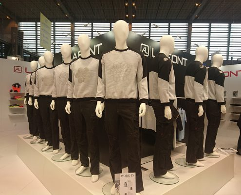 Podium mannequins Lafont sweat Louise De Testa salon Expoprotection